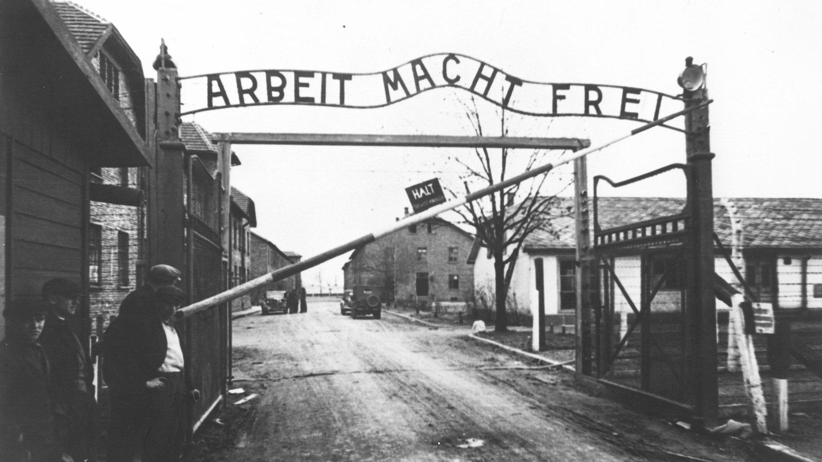 Nachkriegszeit: Vergangenheitsbewältigung - Deutsche ...