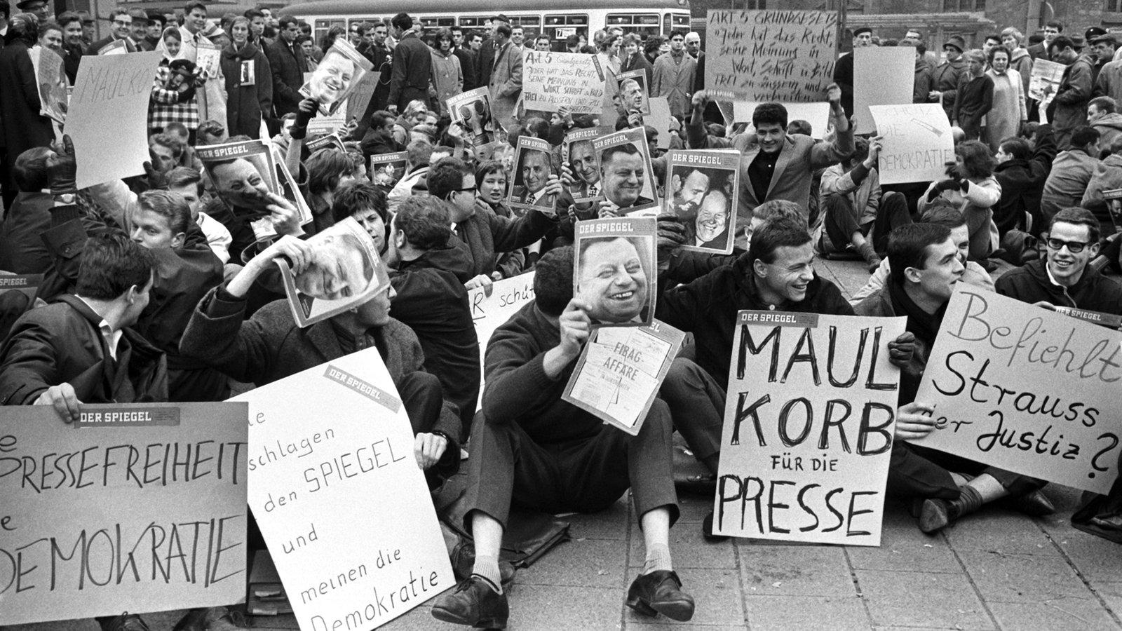 Politische skandale spiegel aff re deutsche geschichte for Der spiegel redakteure