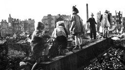 Nachkriegszeit alltag in trümmern
