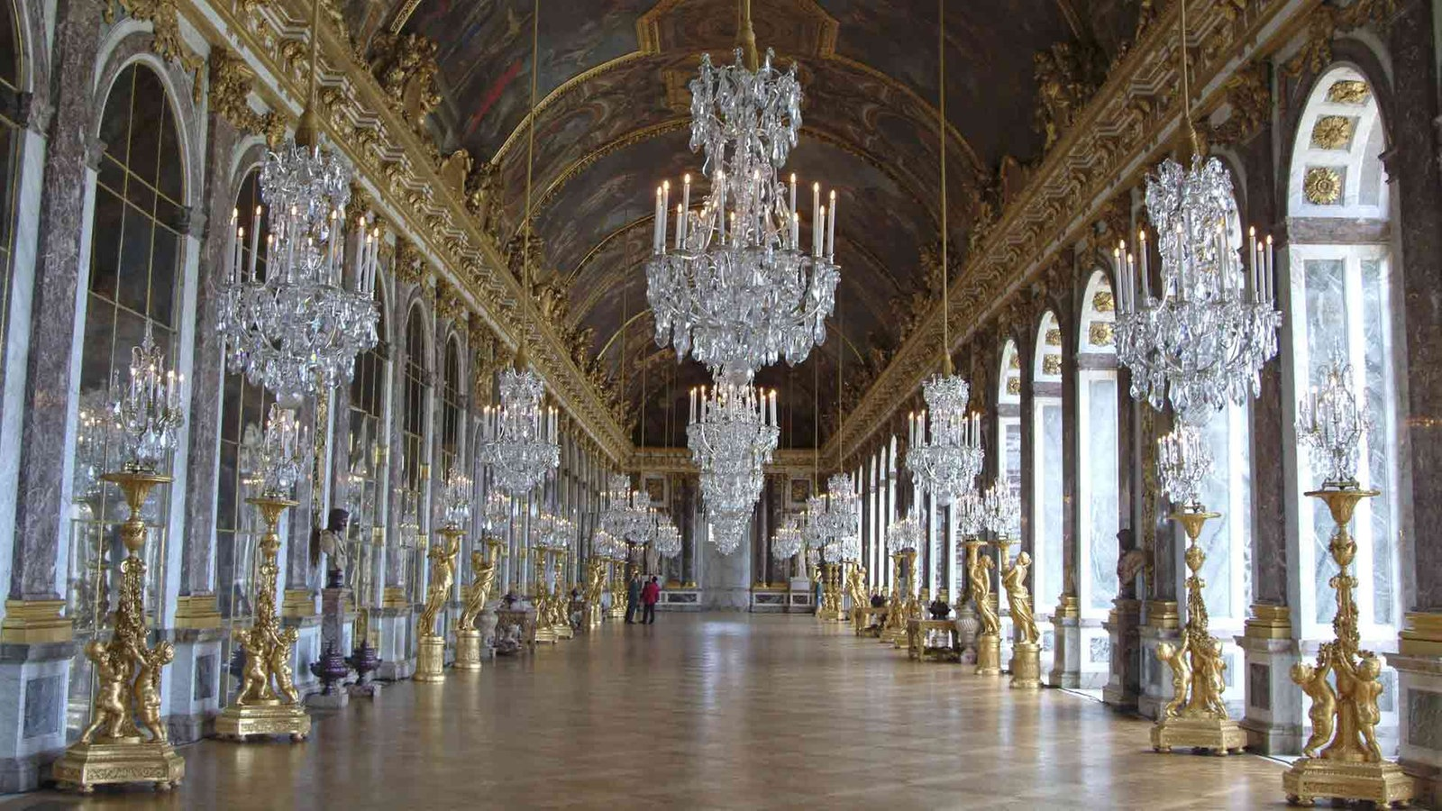 Bauten und stilelemente barockg rten neuzeit geschichte planet wissen - Kronleuchter barock ...