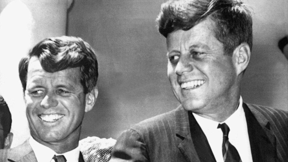Die Kennedys: John F. Kennedy - Persönlichkeiten ... | 960 x 540 png 457kB