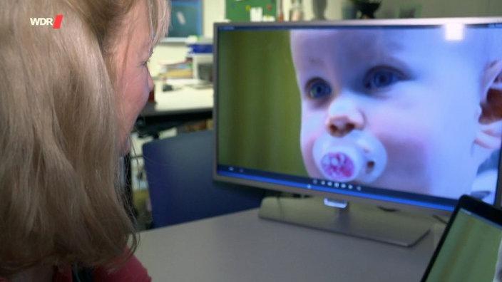 Babys Und Kleinkinder Lernen Fördern Anregen Familie