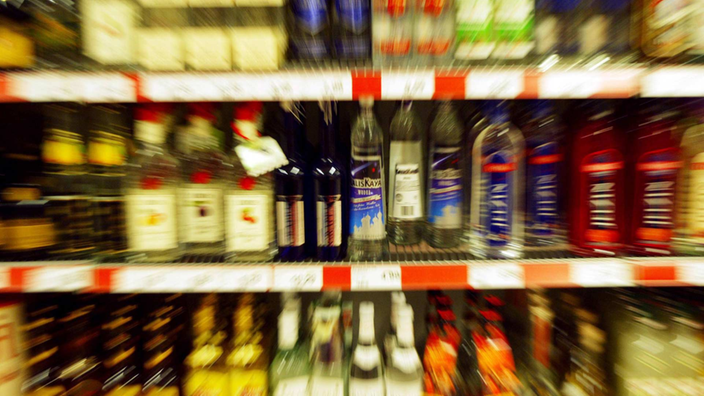 Die selbständigen Verschwörungen vom Alkohol