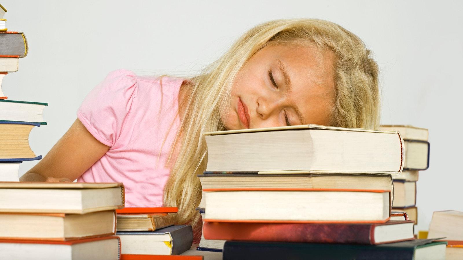 schlafen lernen im schlaf schlaf gesellschaft planet wissen. Black Bedroom Furniture Sets. Home Design Ideas