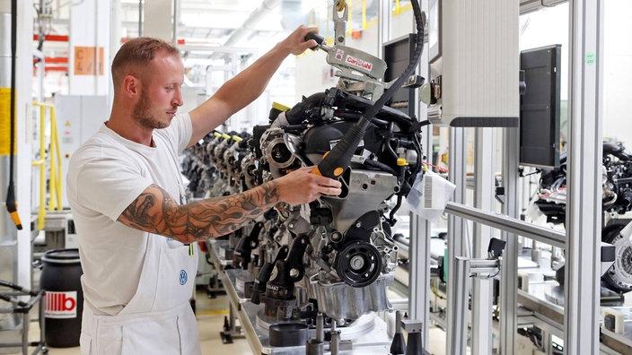 Corona Lockerungen Autoproduktion Lauft Zaghaft An Nachrichten Wdr