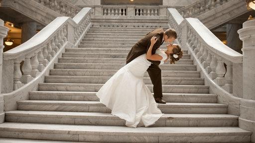 verliebt verlobt verheiratet alles rund um die hochzeit freizeit verbraucher wdr. Black Bedroom Furniture Sets. Home Design Ideas