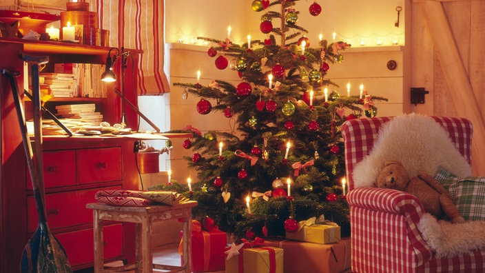 Wo Stand Der Erste Weihnachtsbaum.Brauchtum Weihnachtsbräuche Brauchtum Kultur Planet Wissen