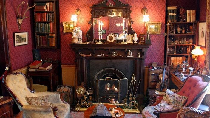 Das Wohnzimmer von Sherlock Holmes im viktorianischen Stil im Sherlock