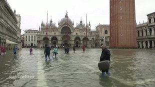 """Screenshot aus dem Film """"Hochwasser in Venedig"""""""