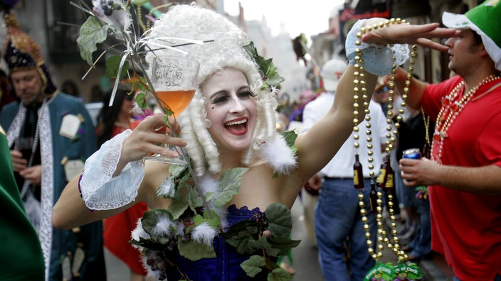 pics-of-girls-in-new-orleans