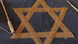 Jewish symbols.