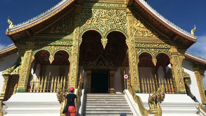 Gold verzierter Tempel in Laos