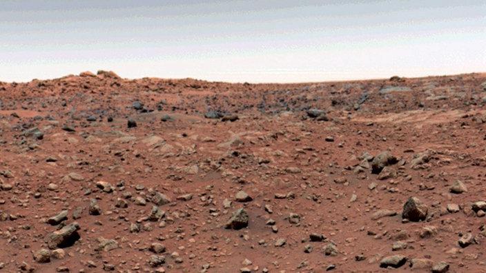 Farbaufnahme der Marsoberfläche aufgenommen von Viking 1
