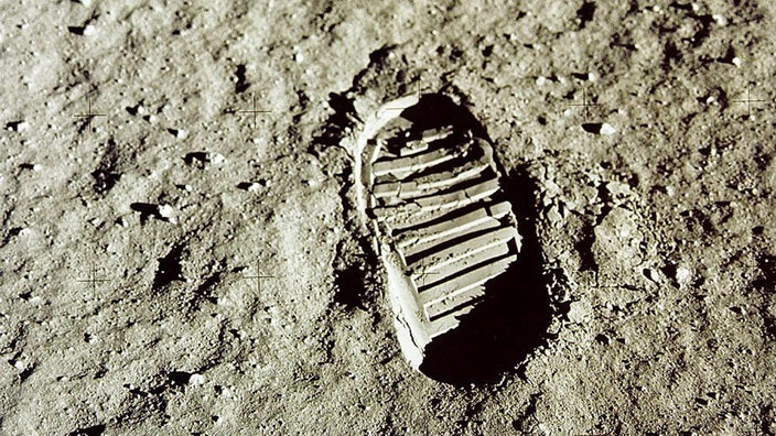 Mond Neil Armstrong Weltall Natur Planet Wissen