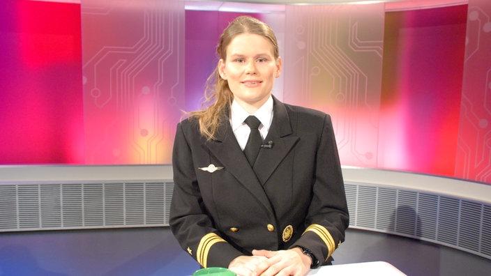 5c7886f865 Schifffahrt: Frauen bei der Marine - Schifffahrt - Technik - Planet ...
