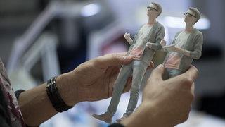 Zwei Figuren aus dem 3D-Drucker