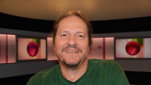 Eberhard Frey - planetwissendinofreyunddasmonstervonaramberri100_v-TeaserAufmacher