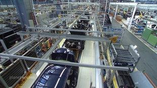 Fertigungsstraße in der Autoproduktion