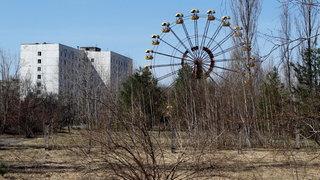 Ein rostendes Riesenrad in der ukrainischen Stadt Pripjat im Sperrgebiet nahe dem Reaktor von Tschernobyl im Jahr 2013