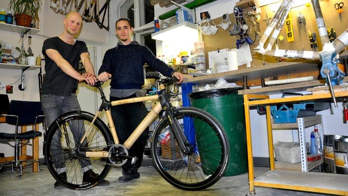 geschichte des fahrrads bambus bikes erfindungen. Black Bedroom Furniture Sets. Home Design Ideas