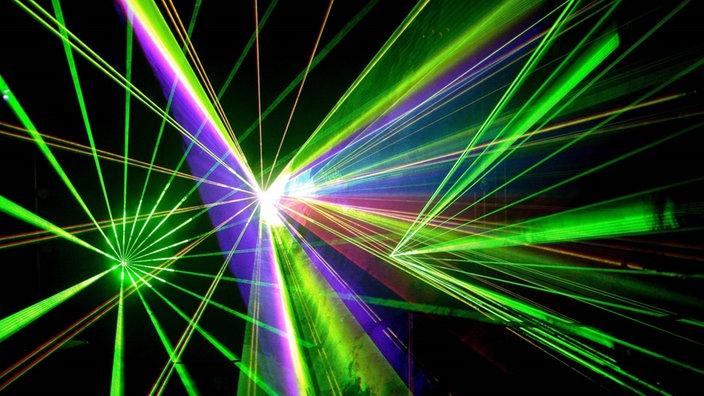 kunstlicht laser erfindungen technik planet wissen