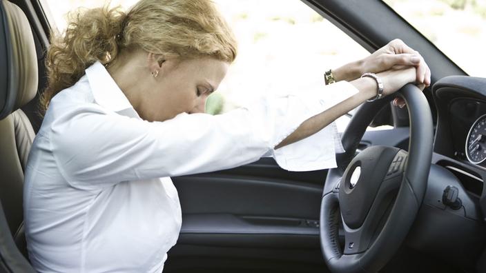 Sicherheit im Straßenverkehr: Sicherheitssysteme - Verkehr - Technik ...