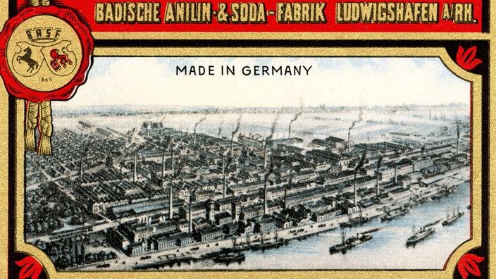 """Tarjeta con un dibujo de una fábrica y una inscripción. """"Fábrica de anilina y refrescos de Baden en Ludwigshafen"""""""
